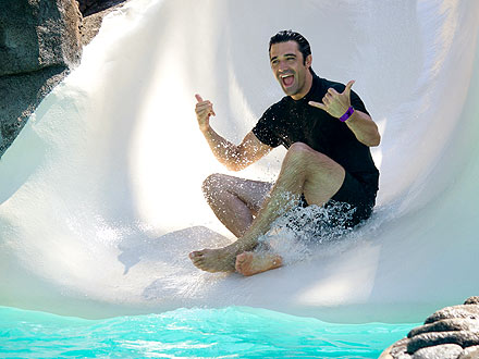 Gilles Marini Makes a Splash with Family in Hawaii
