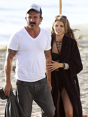 AnnaLynne McCord Kisses New Man Dominic Purcell