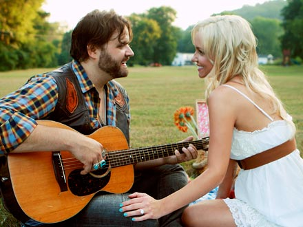 Randy Houser and Jessa Lee Yantz Are Engaged