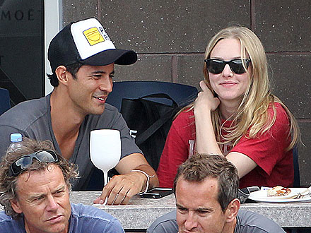 Amanda Seyfried Dating Franck Raharinosy?