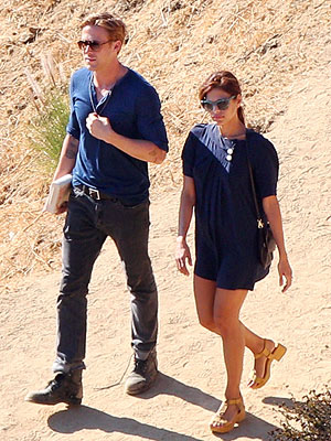 Eva Mendes, Ryan Gosling Hike Together