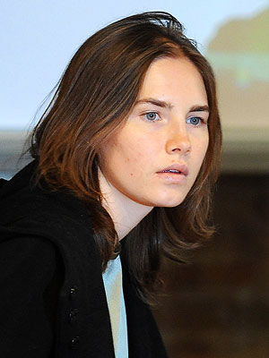Amanda Knox Takes to the Stand