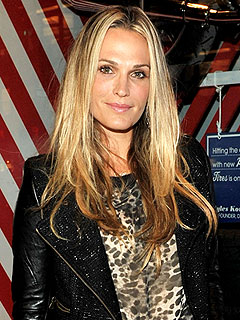 Molly Sims: Newlywed Cooking Lessons