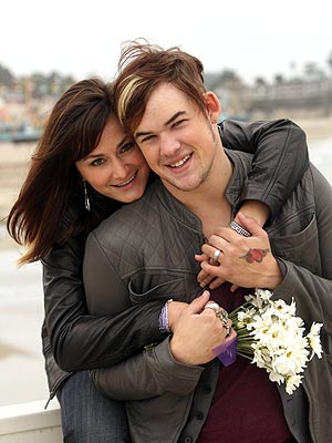 New Year's Wedding: James Durbin Marries Heidi Lowe