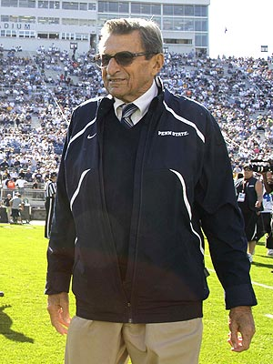 Joe Paterno Dies