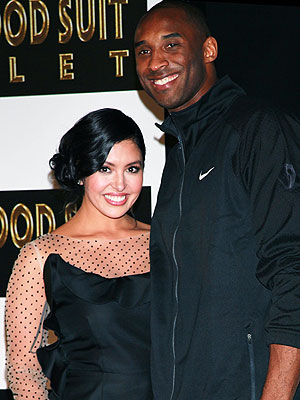 Kobe Bryant Kisses Estranged Wife Vanessa at Lakers Game