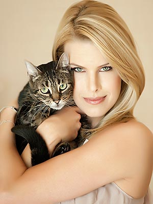 Beth Ostrosky Stern: My Husband Talks to the Cat