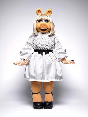Miss Piggy in Prabal Gurung, Jason Wu