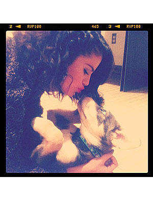 Selena Gomez on Puppy Baylor: Love at First Sight
