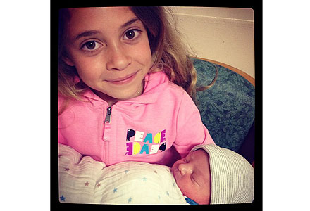 Alisan Porter Welcomes Son Mason Blaise – Moms & Babies ...