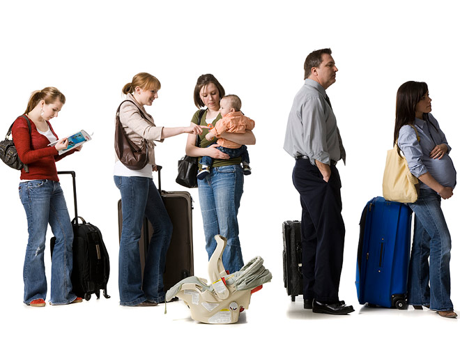 6 Ways to Make Family Holiday Travel Easier