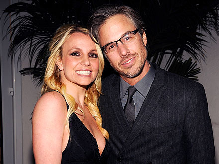 Britney Spears & Jason Trawick Slip Away to S.F. for Quiet Vacation