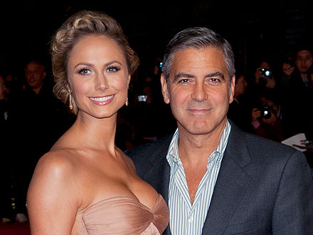 George Clooney and Stacy Keibler Share Pool Time &#8211; and PDA &#8211; in Cabo