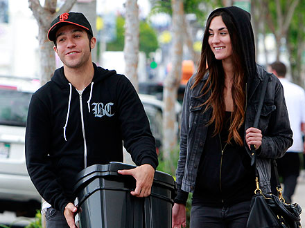 Pete Wentz Takes His Girlfriend on a Shopping Spree – at Target!