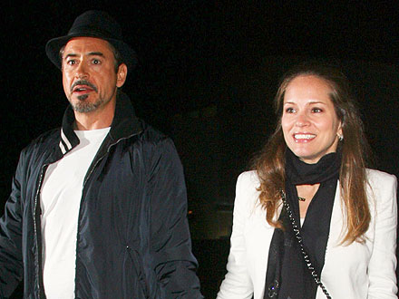 Robert Downey Jr. & Wife Susan Take in a Coldplay Concert