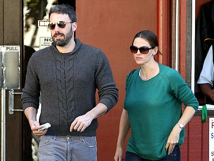 Ben Affleck & Jen Garner Tip Big During Low-Key Date Night