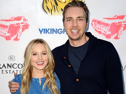 Kristen Bell & Dax Shepard Flirt the Night Away at Private Screening