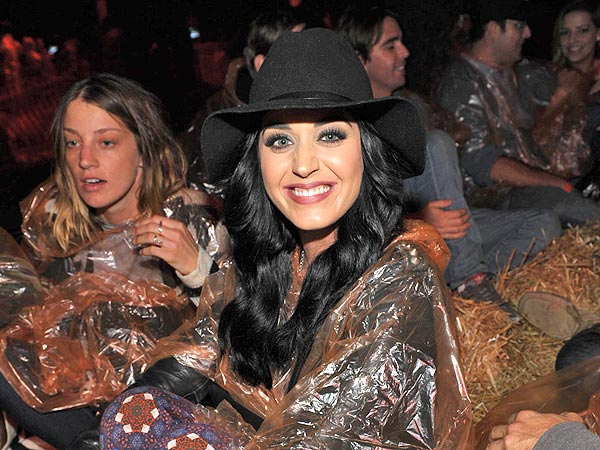 Katy Perry&#39;s Haunted Hayride in L.A.