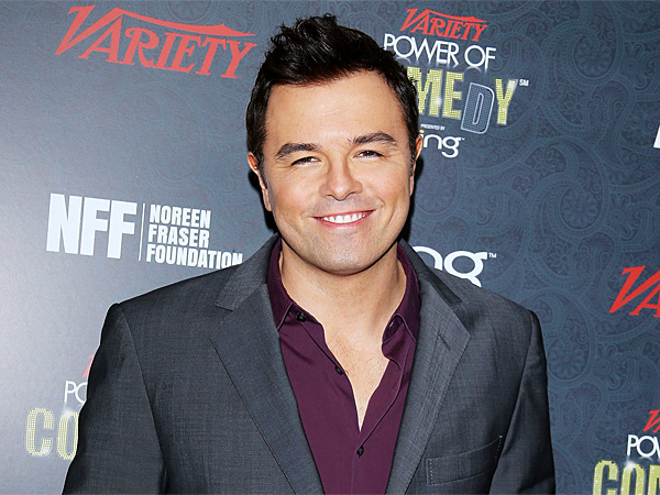 Seth MacFarlane's Santa Monica Dinner Date: A Blonde (Not a Bear)