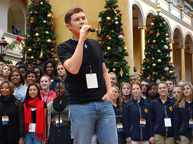 Scotty McCreery: Inside Christmas in Washington