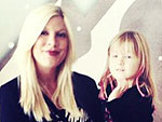 Stars&#39; Ho-Ho-Holiday Pics | Tori Spelling