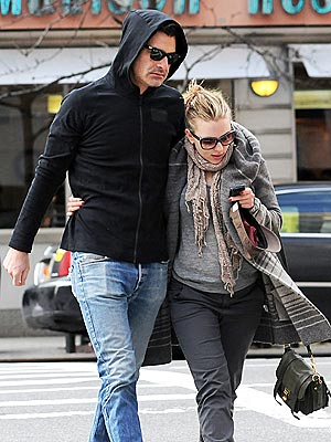 Scarlett Johansson, Nate Naylor Dating: Says He&#39;s &#39;Remarkably Good&#39;
