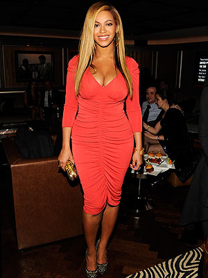 Beyoncé Knowles Goes Dancing in N.Y.C.