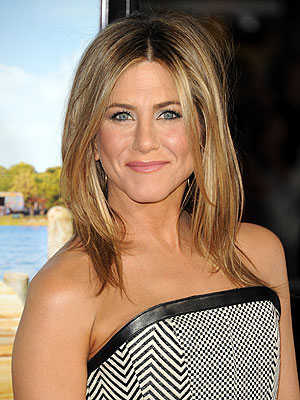 Jennifer Aniston Rates Her Happiness Level at &#39;10-Plus&#39;