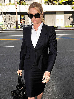 Nicollette Sheridan Testifies About 'Humiliating' Slap to Her Head | Nicollette Sheridan
