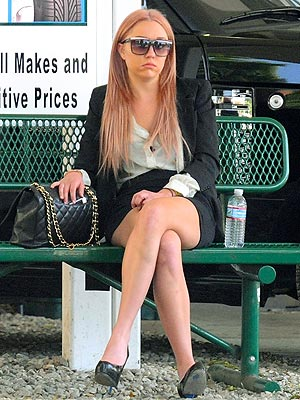 Amanda Bynes released from the West Hollywood Sheriff's station on April 6, 2012