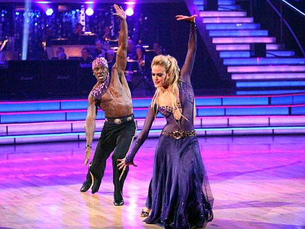 Dancing with the Stars: Donald Driver Enjoys Performing Shirtless