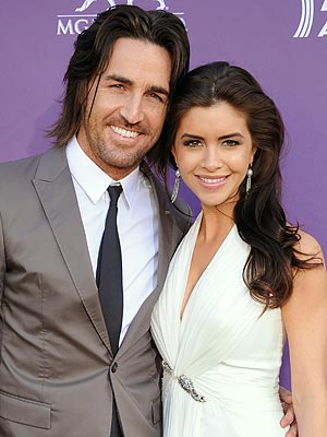 Jake Owen Engaged
