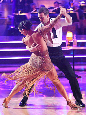 Dancing with the Stars: William Levy, Cheryl Burke Perform Perfect Foxtrot