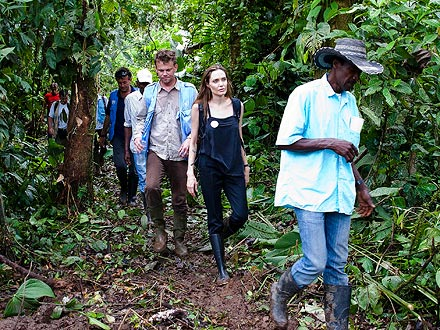 Angelina Jolie Goes to Ecuador