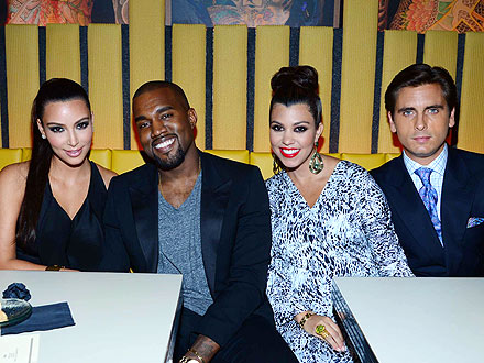Kim Kardashian, Kanye West Hang with the Family in N.Y.C.