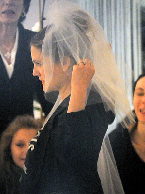Drew Barrymore Wedding - She Tries on a Veil