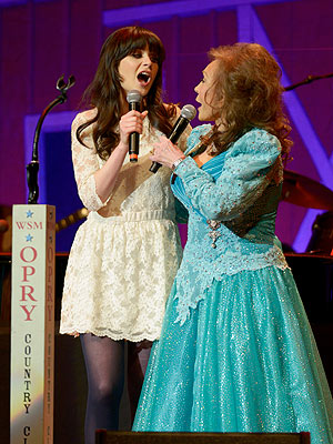 Zooey Deschanel to Hit Broadway  as Loretta Lynn