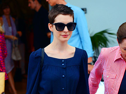 Anne Hathaway Shops & Celebrates Valentino's Birthday in Miami