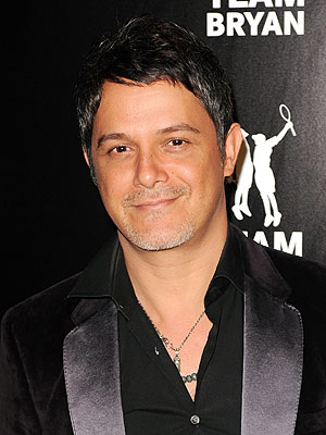 Alejandro Sanz Marries Raquel Perera