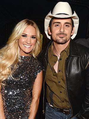CMT Music Awards: Carrie Underwood Wins, Husband Hugs Brad Paisley