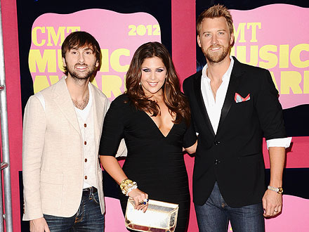 CMT Music Awards: Lady Antebellum, Miranda Lambert, Carrie Underwood Win