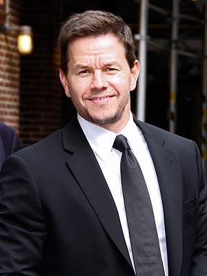 Mark Wahlberg Does Weather and Traffic Reports in Philadelphia