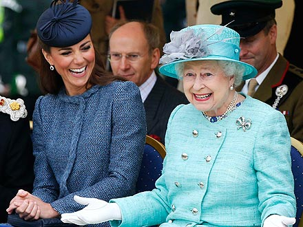 Kate Middleton and the Queen in Nottingham for Diamond Jubilee