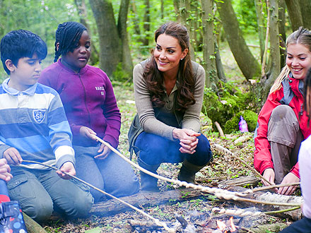 Kate Visits Schoolchildren on Camping Trip