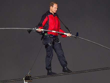 Nik Wallenda Attempting to Cross Grand Canyon on a Wire with No Harness