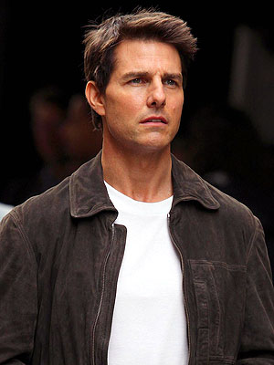 Tom Cruise Divorce: Star Filming 'Oblivion' in California