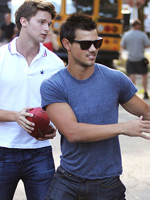 Taylor Lautner, Patrick Schwarzenegger Film Grown Ups 2