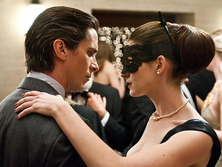 Dark Knight Rises Review: Staring Anne Hathaway and Christian Bale as Batman