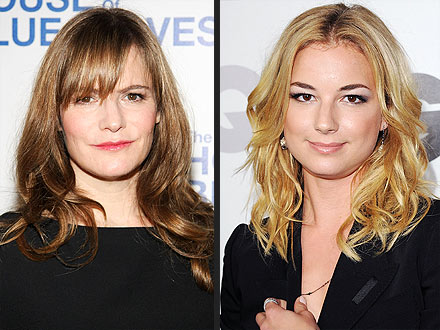 Jennifer Jason Leigh Will Play Emily Thorne's Mom on Revenge