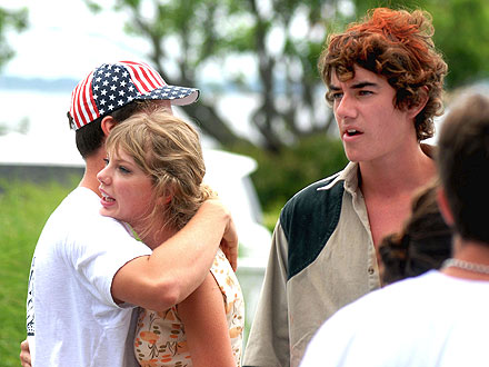 Taylor Swift's New Beau: Conor Kennedy?